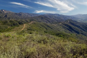 ridge trail at Rancho Monte Alegre